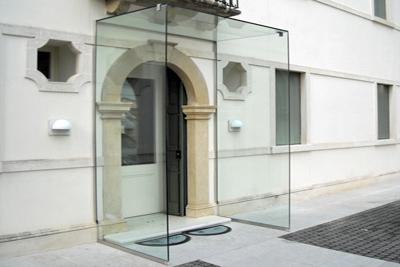 Pensiline in vetro a vicenza vetreria romagna produzione e vendita vetri - Pensiline ingresso casa ...